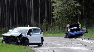 علل وقوع تصادفات جاده ای و مقابله با آن