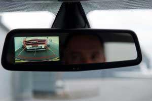 نقد و بررسی دوربین آینه ای خودرو صفحه لمسی دو لنز – کد ۲۲۸۰
